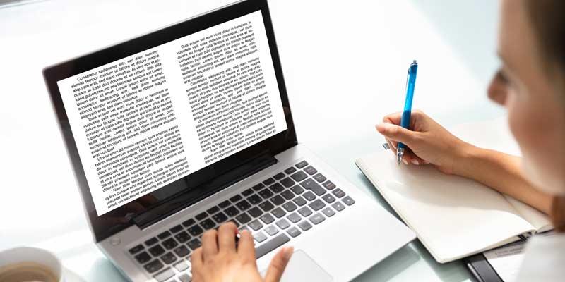 Co ma wpływ na przyciąganie uwagi czytelnika?
